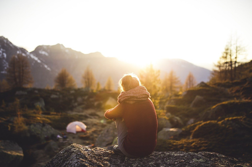 quiet time alone helps grieving parents
